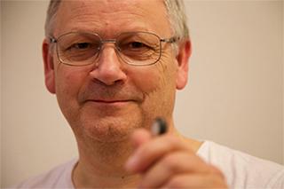 Prof. Hans Torp